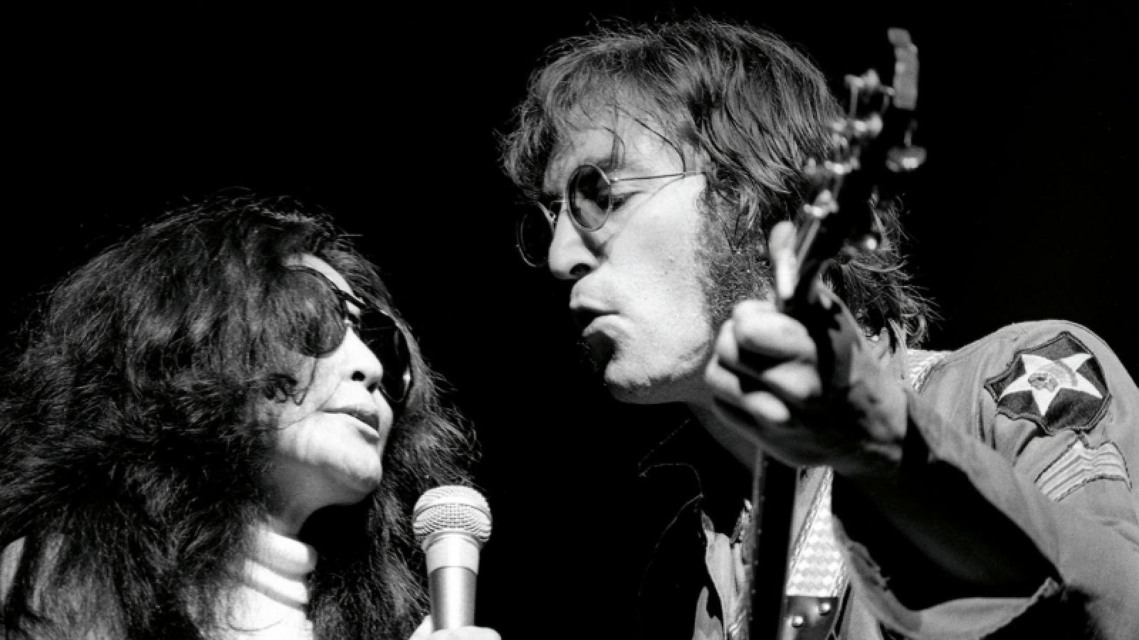 Hé lộ loạt ảnh chưa từng công bố của John Lennon và Yoko Ono ở New York