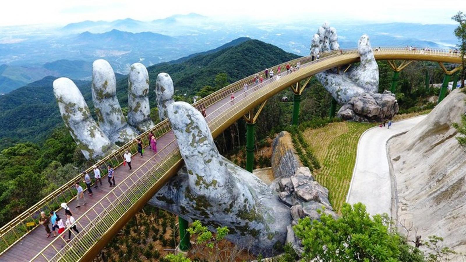 Khách đặt tour tới Đà Nẵng dịp Tết Dương lịch 2021 tăng mạnh