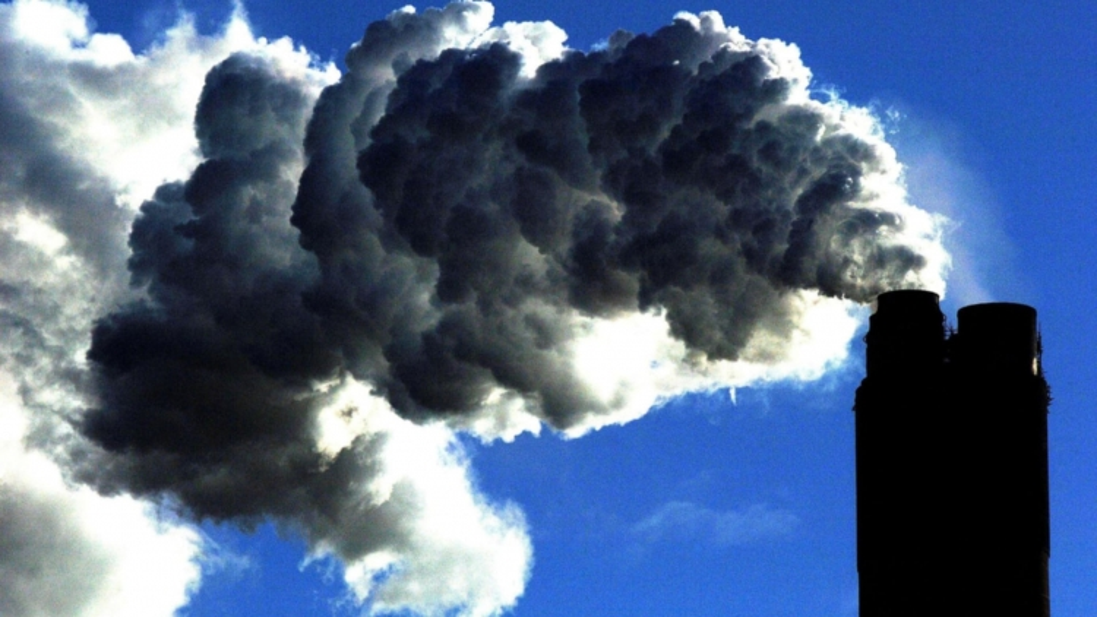 Lượng khí thải carbon tăng trở lại vào năm 2021 sau khi giảm kỷ lục vì Covid-19