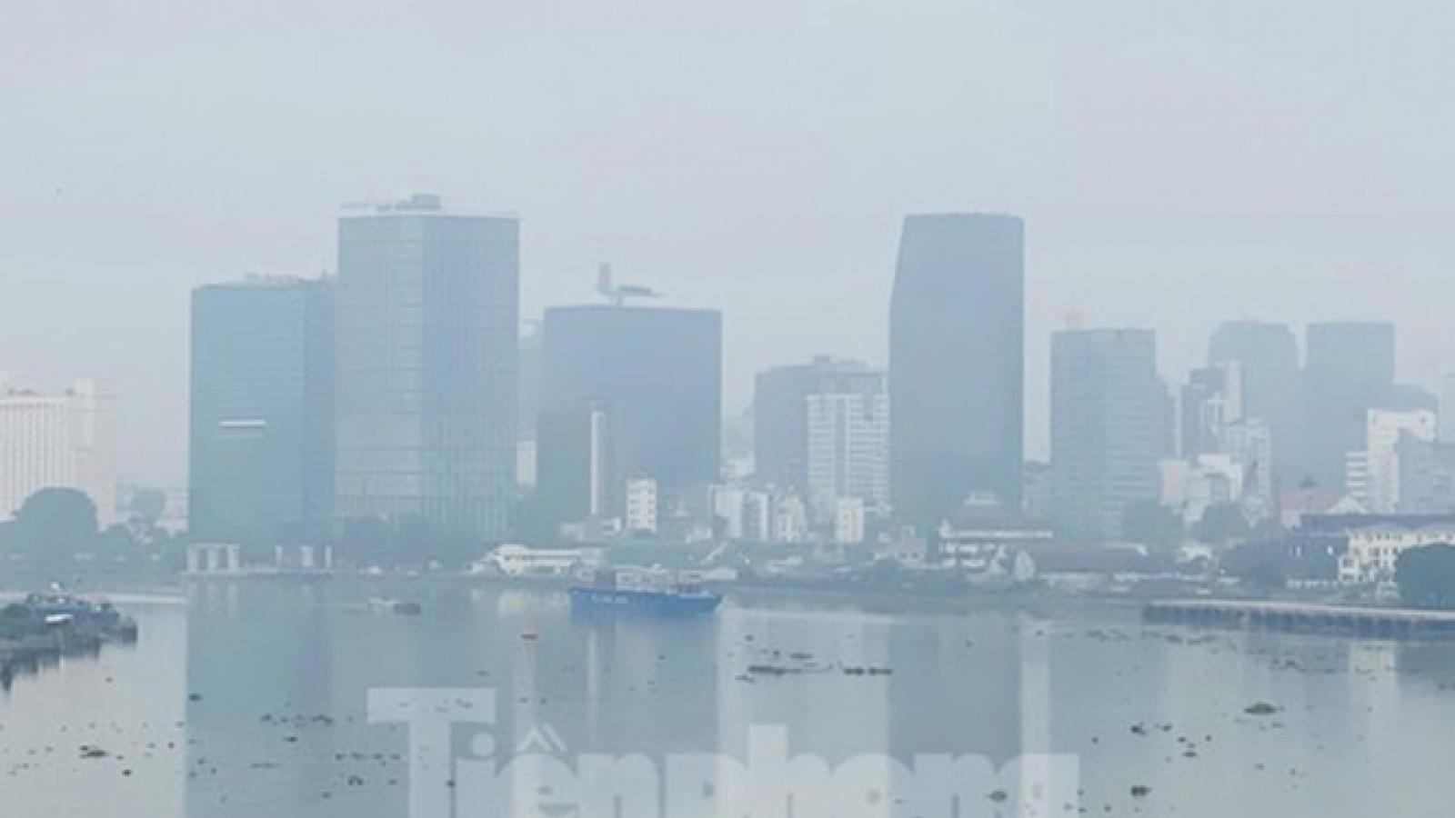 Hà Nội, TP HCM gia tăng ô nhiễm không khí