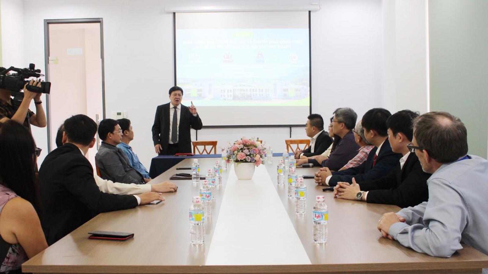 Chính thức hoạt động Trung tâm Đào tạo và Chuyển giao Công nghệ Việt Hàn