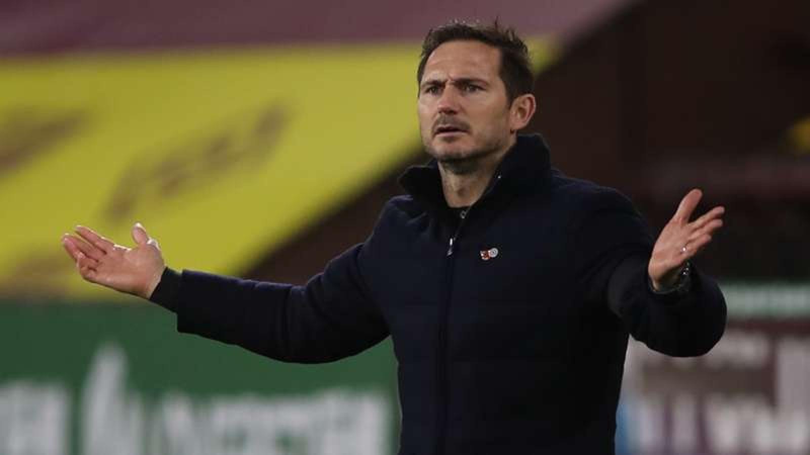 HLV Lampard chỉ trích các cầu thủ Chelsea sau trận thua Arsenal