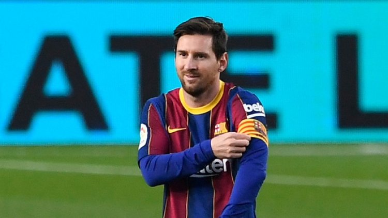 """Cựu Chủ tịch Barca: """"Lionel Messi đã bị lừa dối"""""""