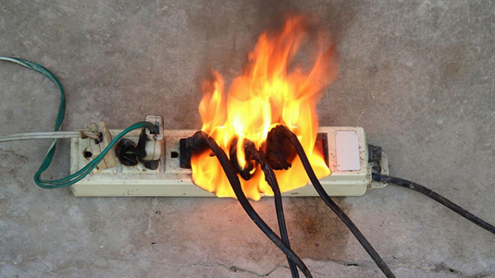 6 dấu hiệu nên chú ý để tránh sự cố về điện trong nhà