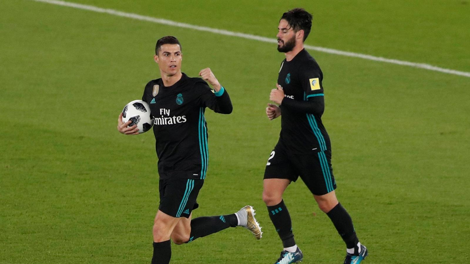 Ngày này năm xưa: Ronaldo đưa Real Madrid tiến sát kỷ lục thế giới