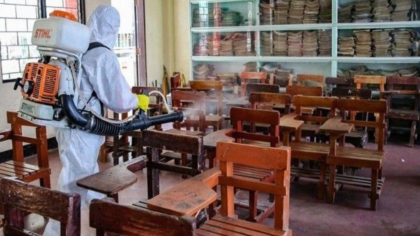 Philippines hủy dự định học trực tiếp năm 2021 do biến thể virus mới