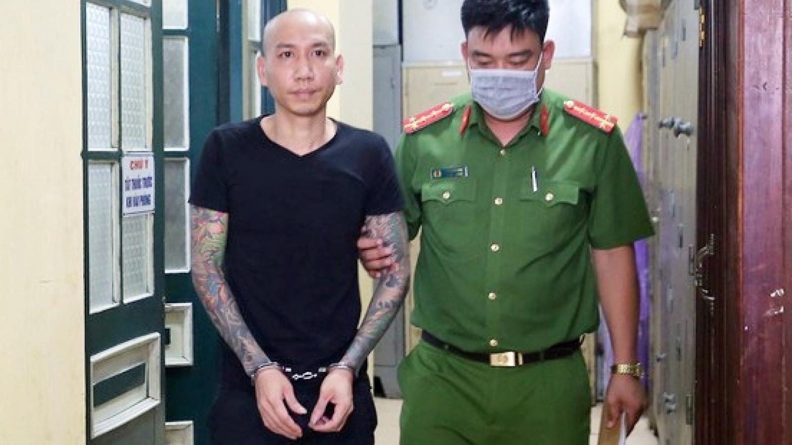 """Nóng 24h: """"Giang hồ mạng"""" Phú Lê được trả tự do"""