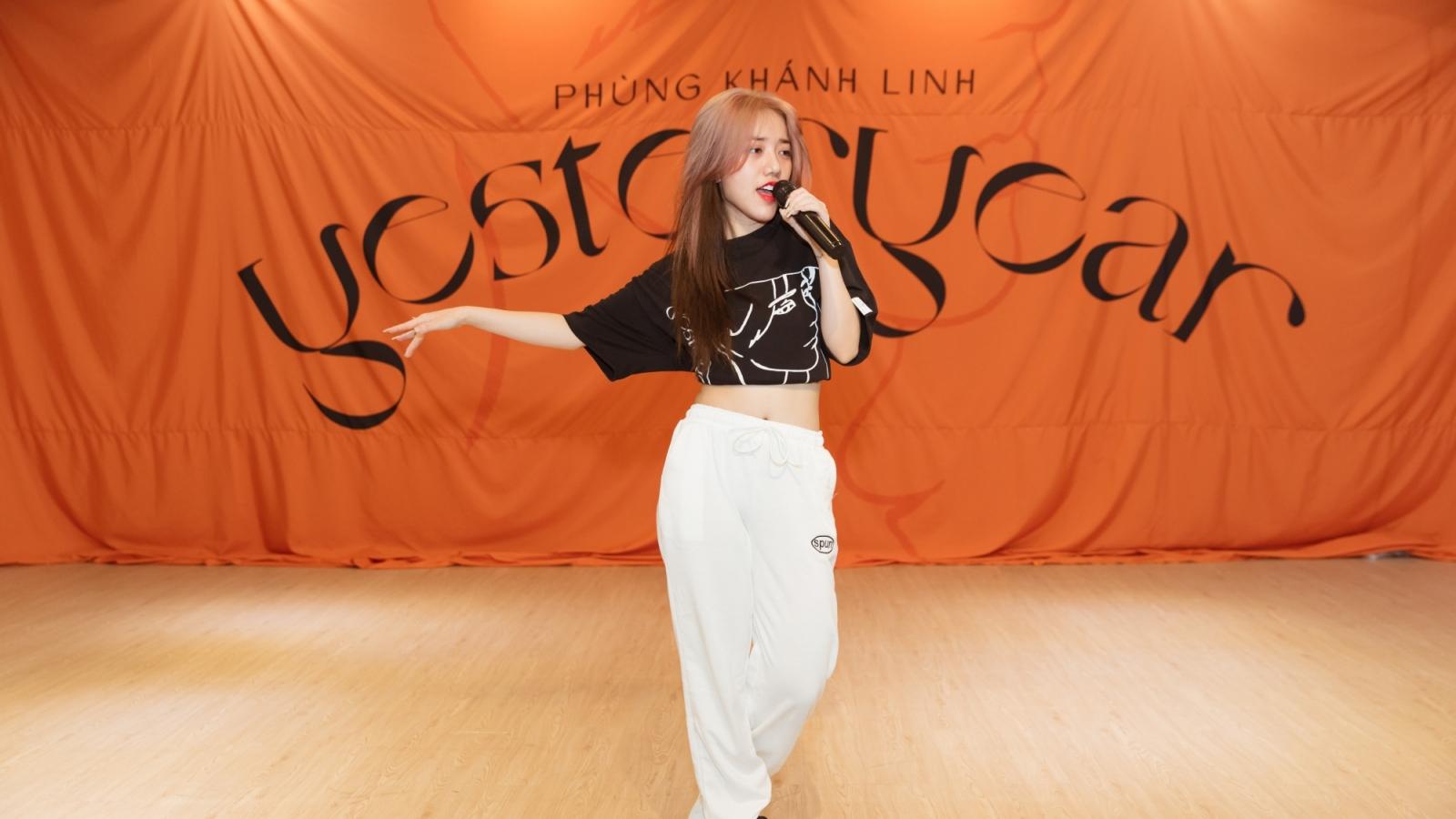 Phùng Khánh Linh dốc sức tập vũ đạo chuẩn bị cho showcase quảng bá album tiền tỷ
