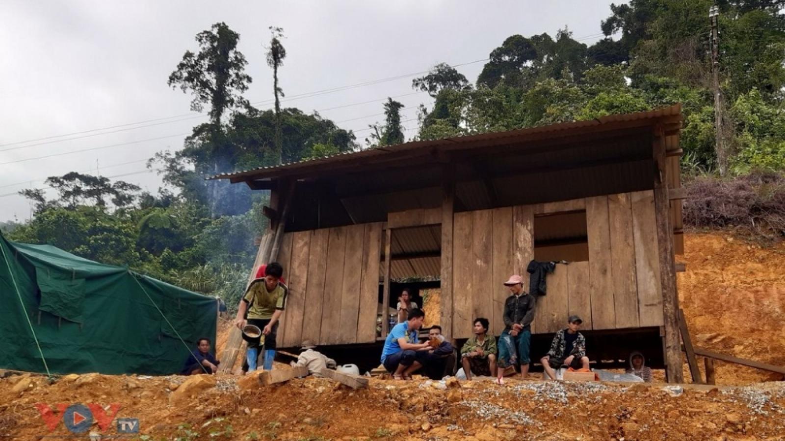 Nguy cơ tái nghèo ở các huyện miền núi Quảng Nam sau bão lũ