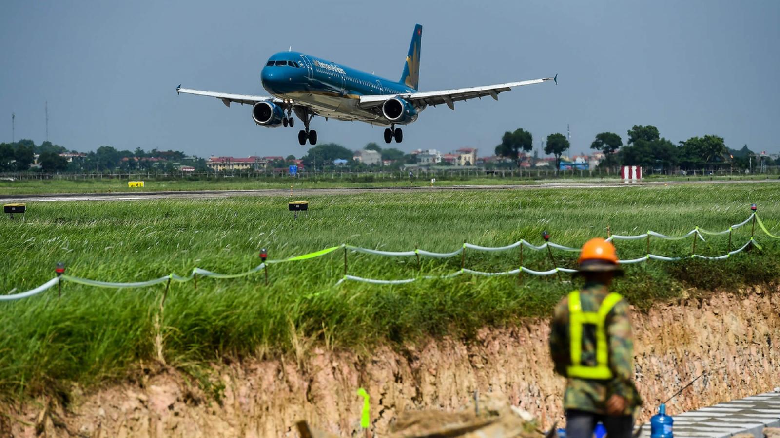 Sân bay thứ 2 của Hà Nội sẽ ở Hòa Lạc hay Ứng Hòa?