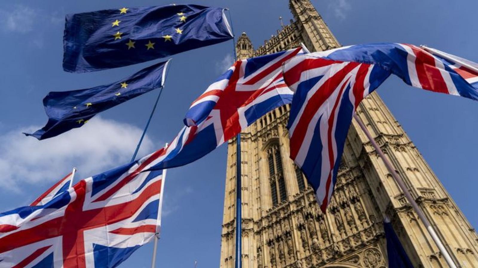 Anh - EU tiếp tục đàm phán: Chưa bên nào chịu nhượng bộ vào phút chót