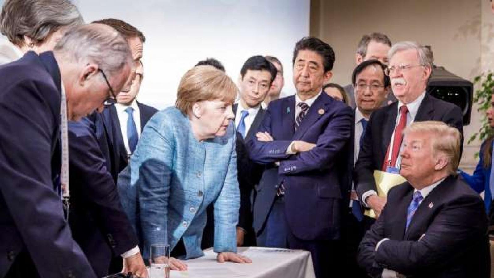 """Những khoảnh khắc mang đậm """"dấu ấn Donald Trump"""" trong suốt nhiệm kỳ Tổng thống của ông"""