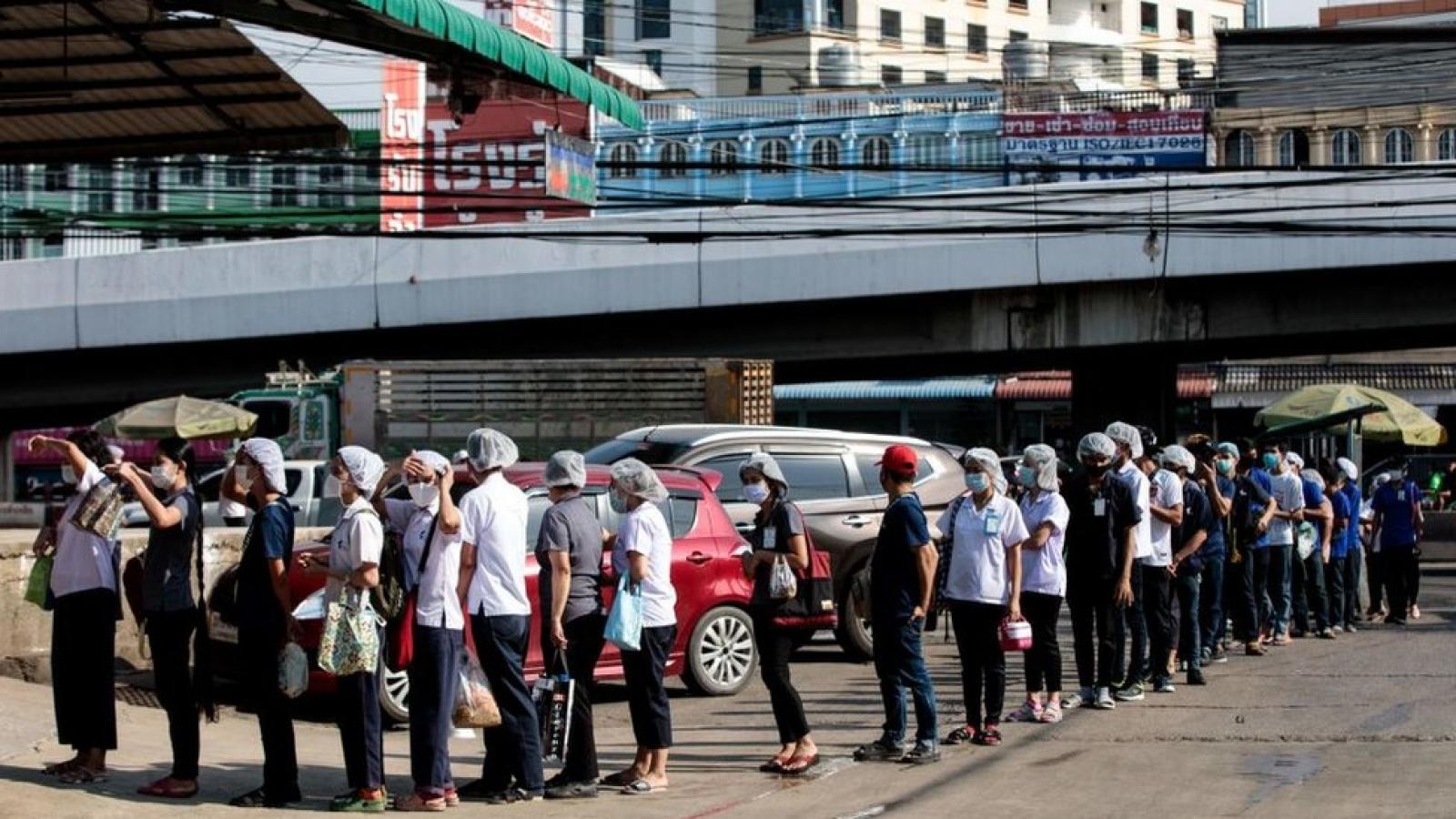 Thái Lan không tái phong tỏa toàn quốc để phòng chống Covid-19