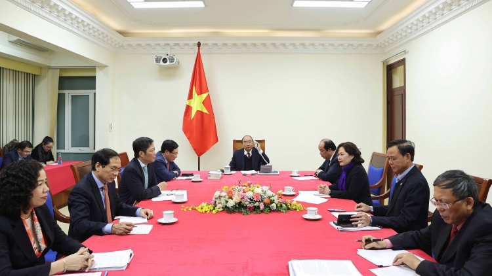 Thủ tướng Nguyễn Xuân Phúc khẳng định Việt Nam không thao túng tiền tệ
