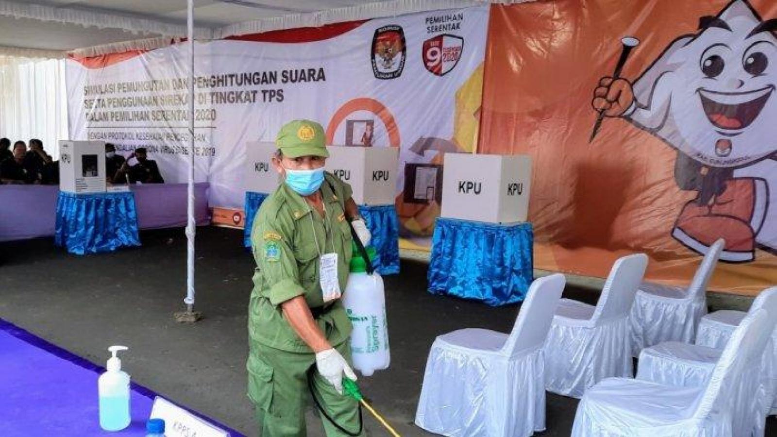 Indonesia thắt chặt giao thức y tế trước bầu cử khu vực 2020