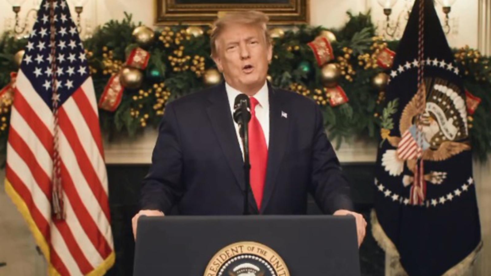 Trump yêu cầu sửa dự luật cứu trợ Covid-19, nâng mức hỗ trợ người dân