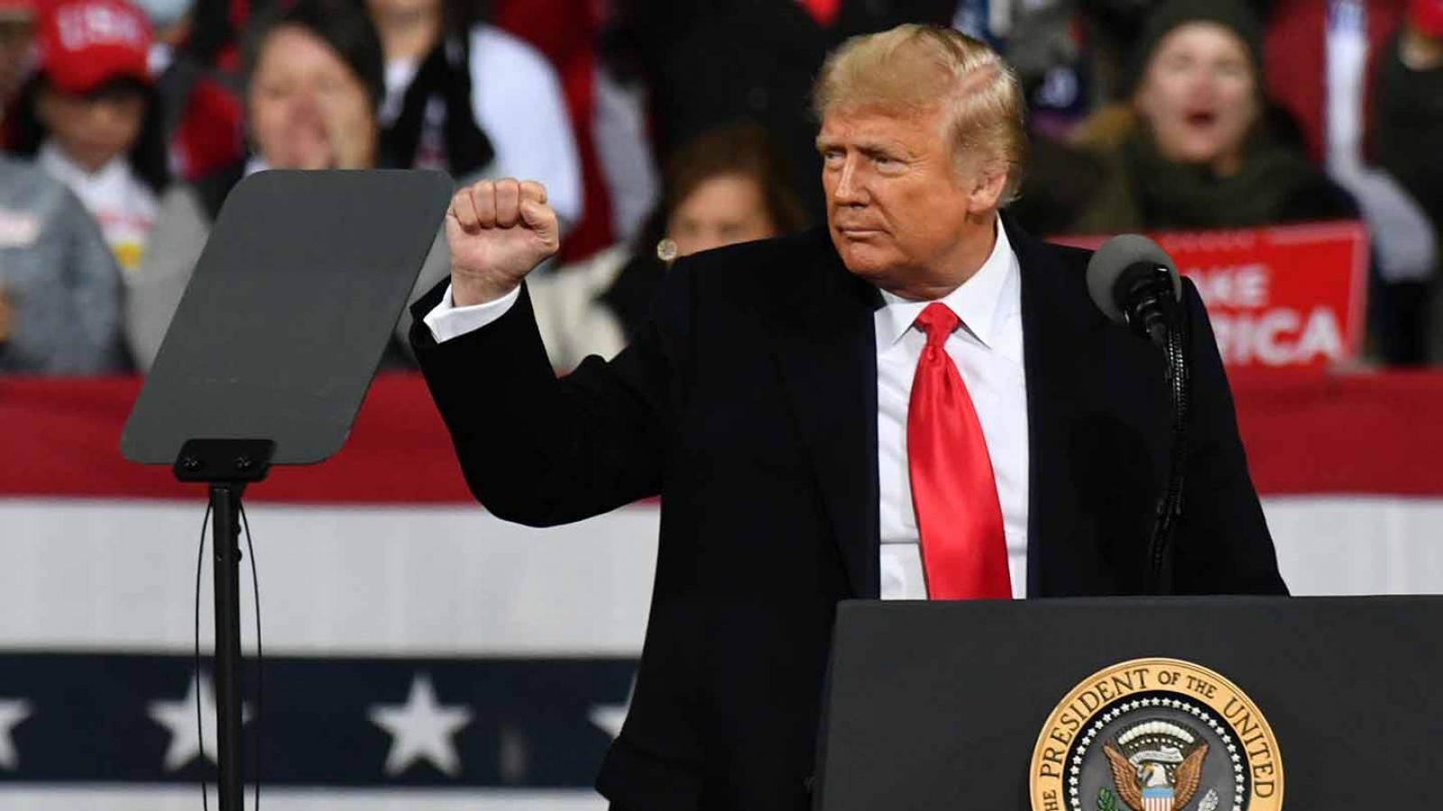 """Hành động hậu bầu cử của Trump sẽ làm """"lung lay"""" ghế của đảng Cộng hòa tại Thượng viện"""