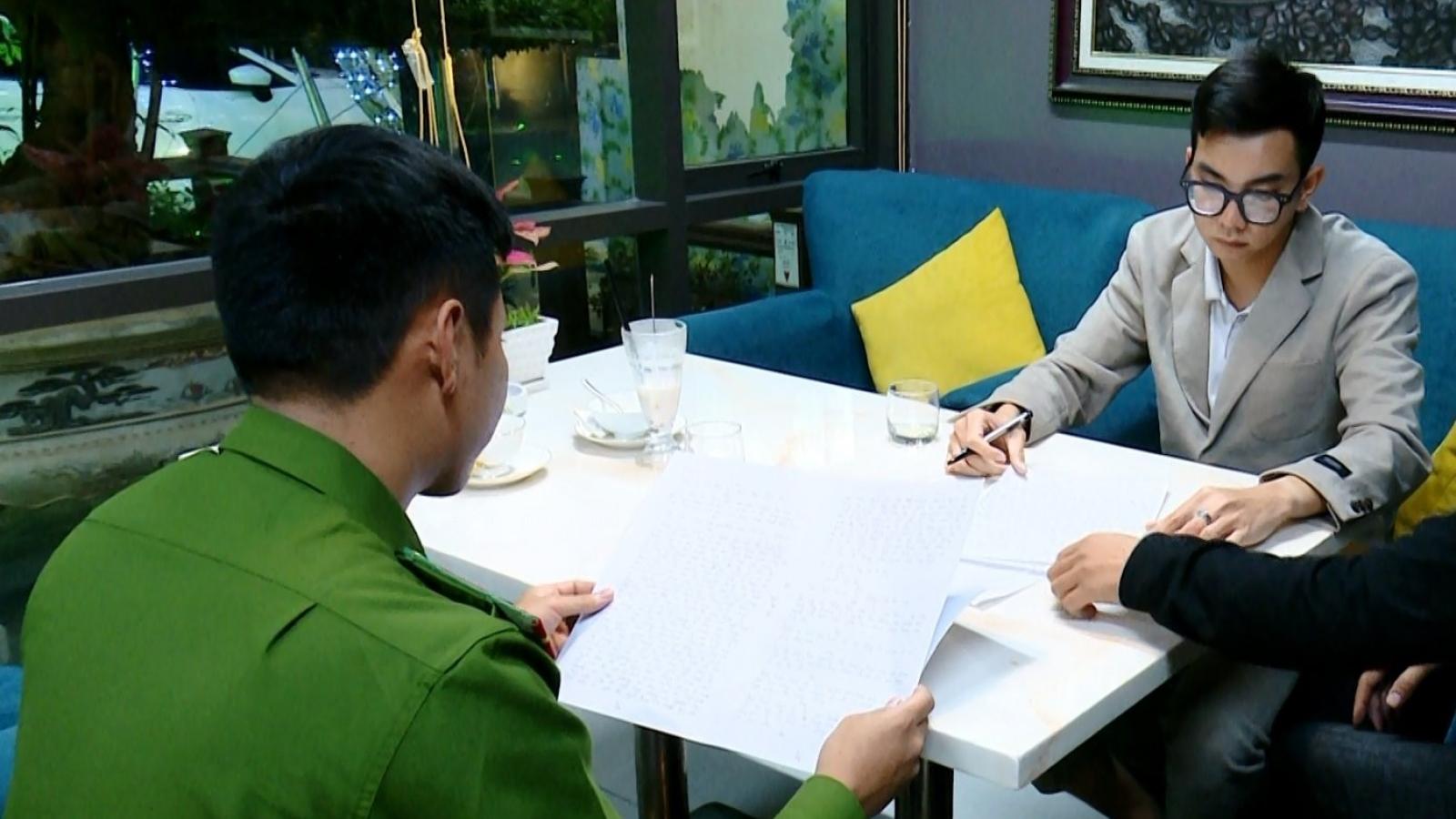 Bắt quả tang phóng viên báo Pháp luật Việt Nam tống tiền bệnh viện