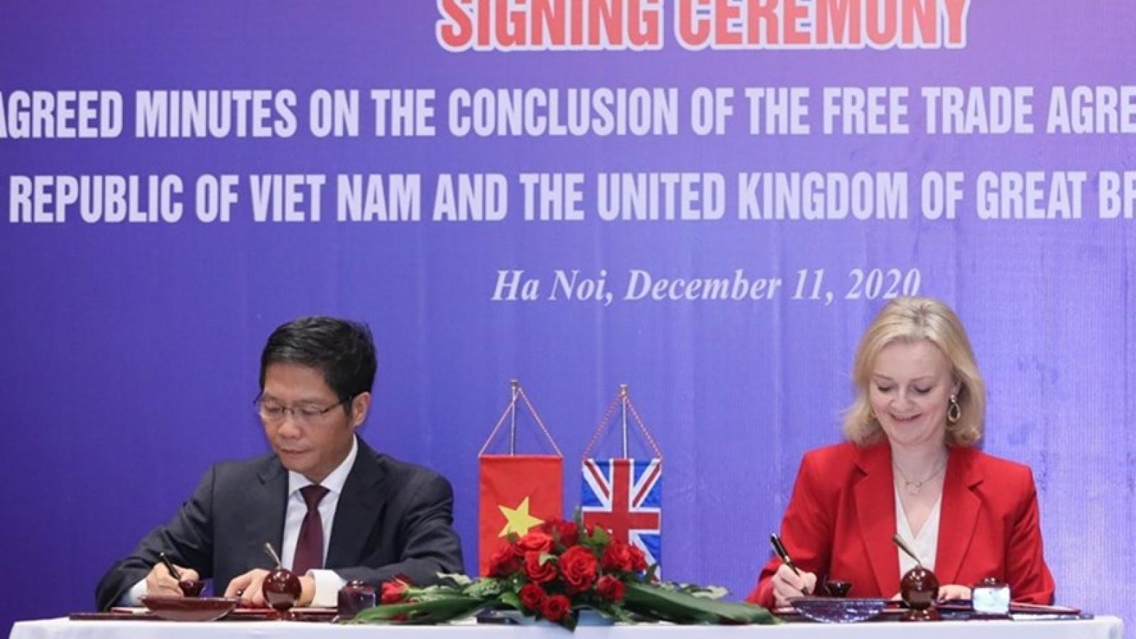Việt Nam ký Hiệp định thương mại tự do với Vương quốc Anh và Bắc Ireland