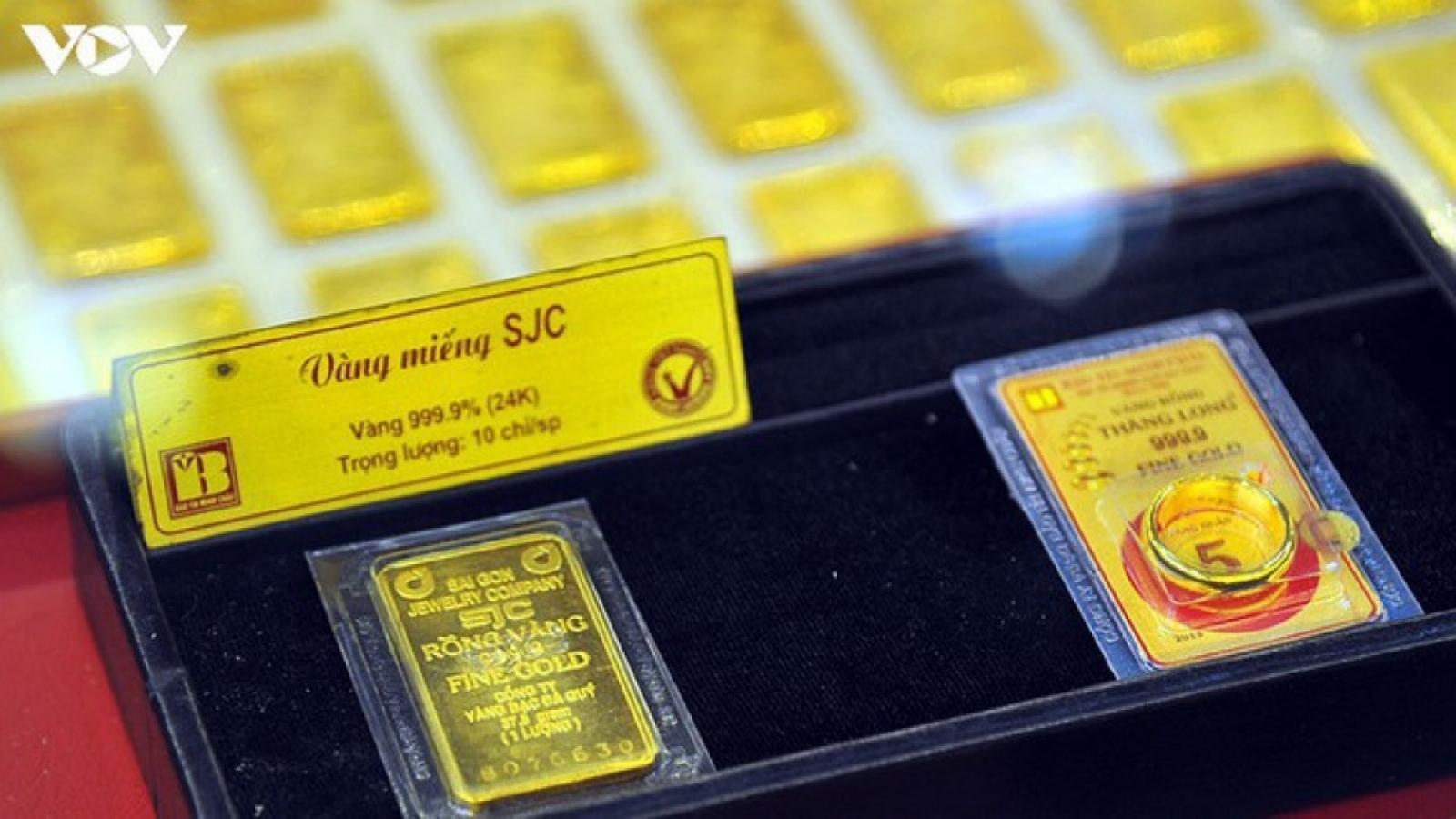 Giá vàng SJC chững lại khi giá thế giới tiếp đà tăng