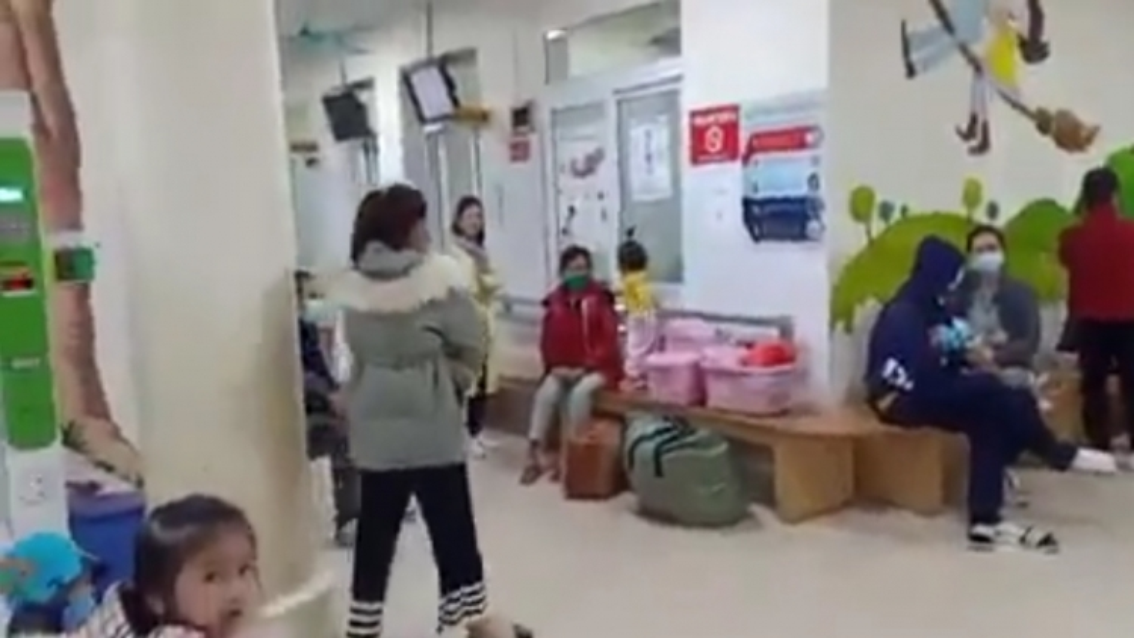 Cần làm rõ nguyên nhân cháu bé tử vong tại bệnh viện Sản nhi Quảng Ninh