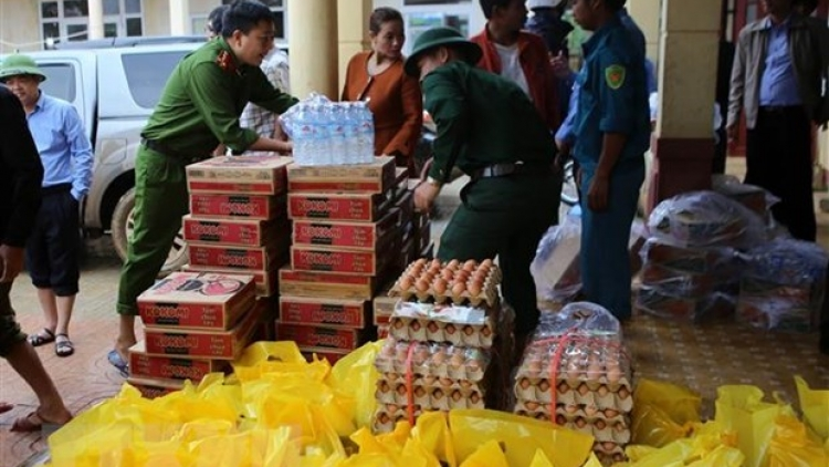 Vietnam receives US$25 million of international aid for central flood victims