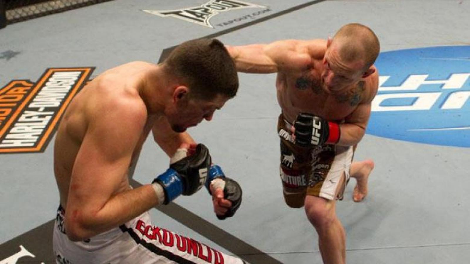 Võ sĩ hạ knock-out đối thủ sau chưa đầy 10 giây giao đấu