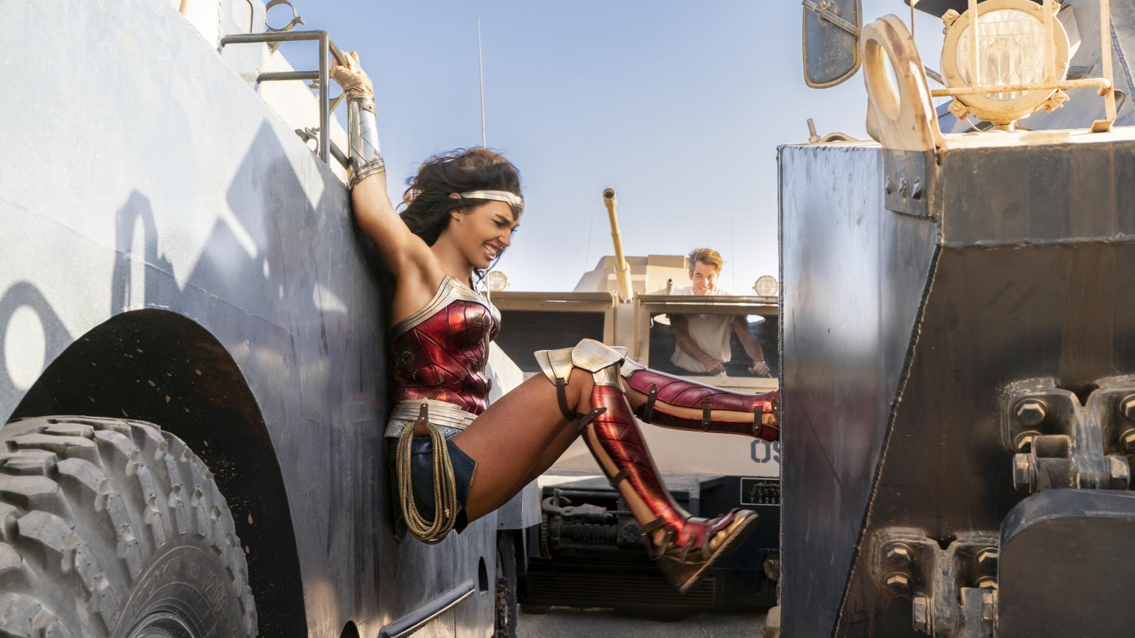 7 sự thật ít biết về bom tấn siêu anh hùng Wonder Woman 1984