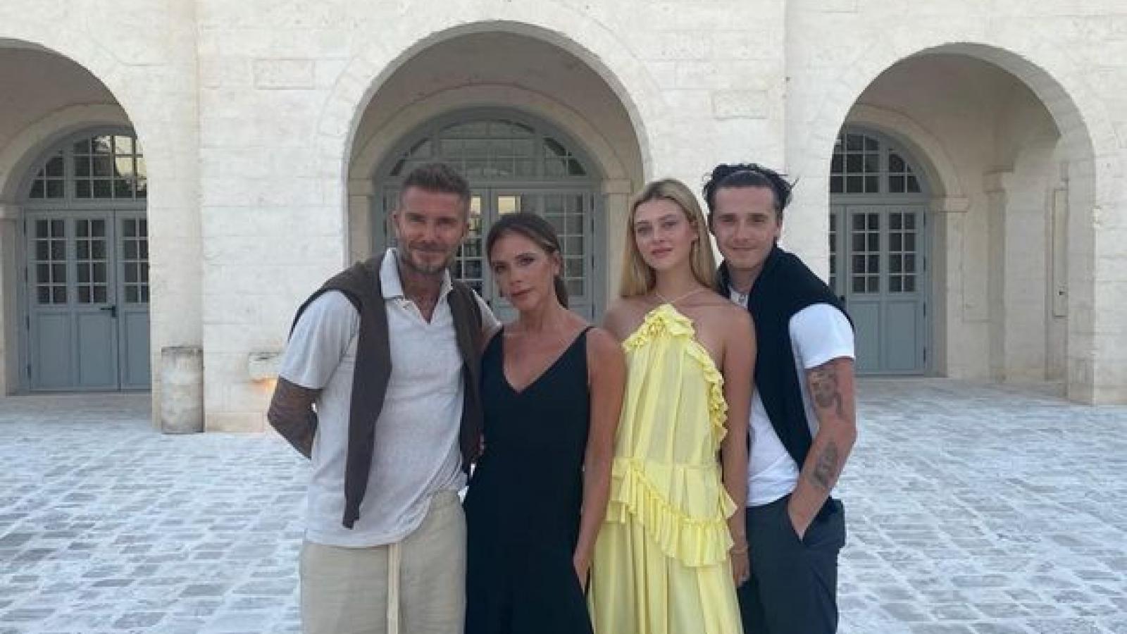 Victoria Beckham gửi nụ hôn ngọt ngào mừng sinh nhật con dâu tương lai