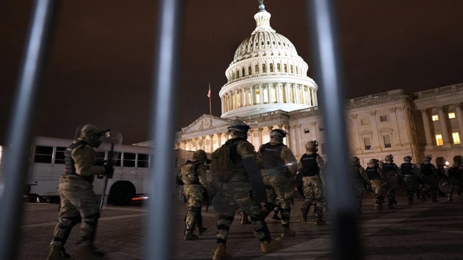 4 người thiệt mạng và 52 người bị bắt giữ sau vụ bạo loạn tại tòa nhà Quốc hội Mỹ