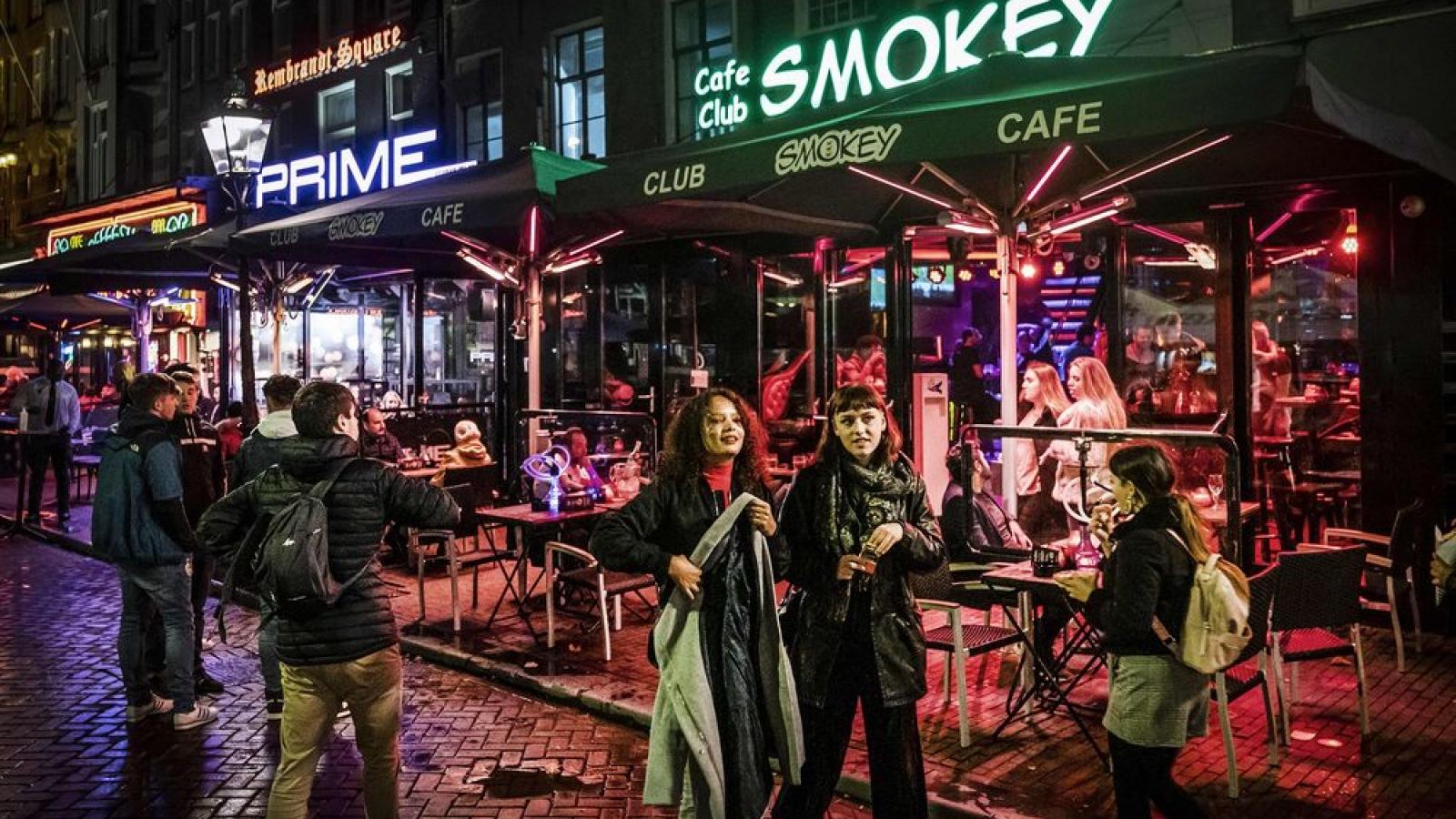 """Sau Covid-19, """"du lịch cần sa"""" sẽ biến mất khỏi Amsterdam?"""