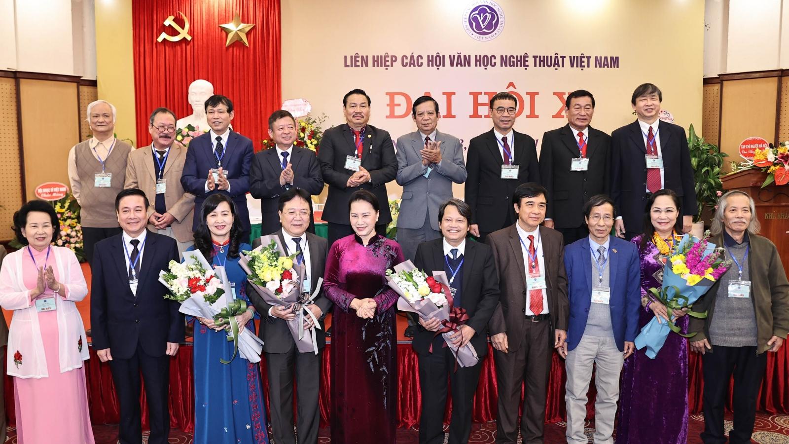 Chủ tịch Quốc hội dự Đại hội Liên hiệp các Hội văn học nghệ thuật Việt Nam
