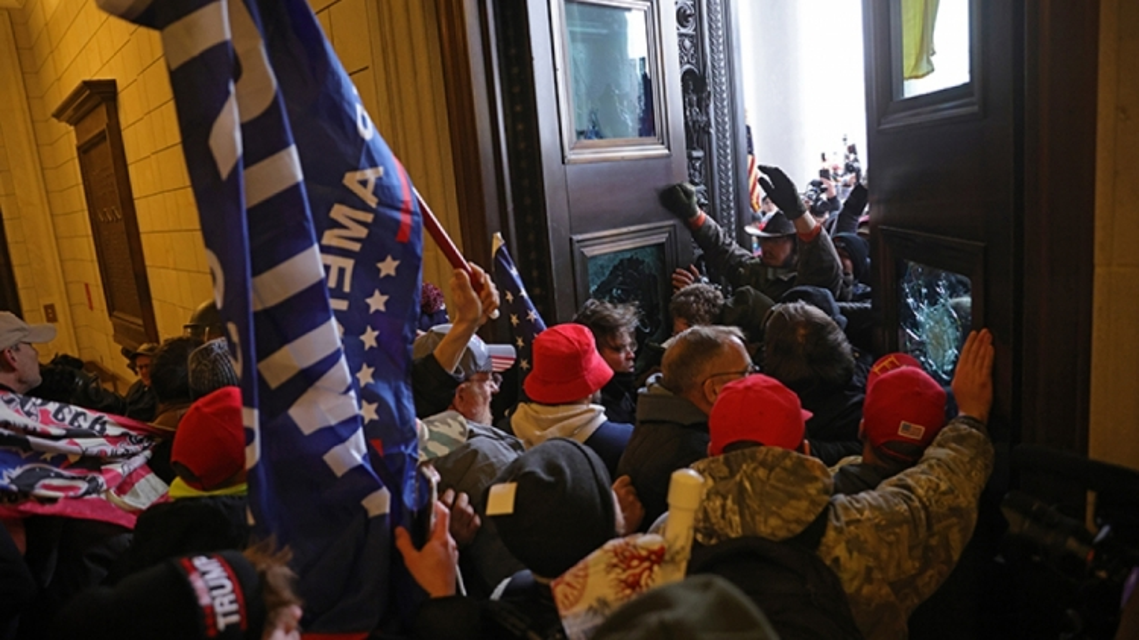 Các đồng minh châu Âu sốc trước biểu tình bạo lực tại Mỹ