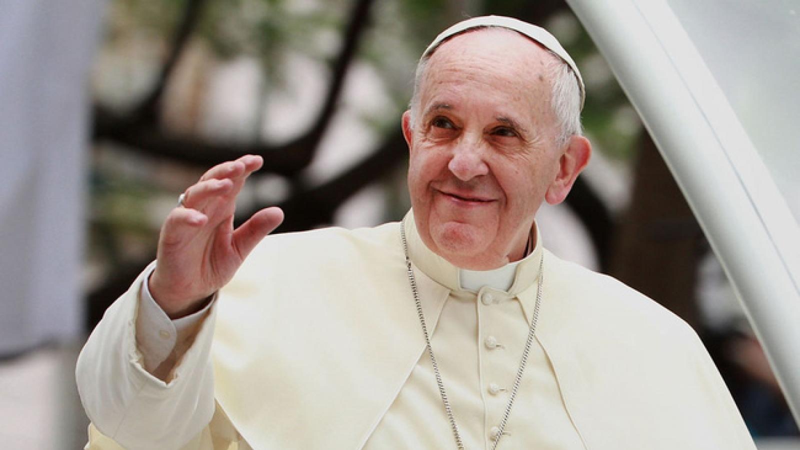 Giáo hoàng gửi thông điệp hòa bình trong Năm mới