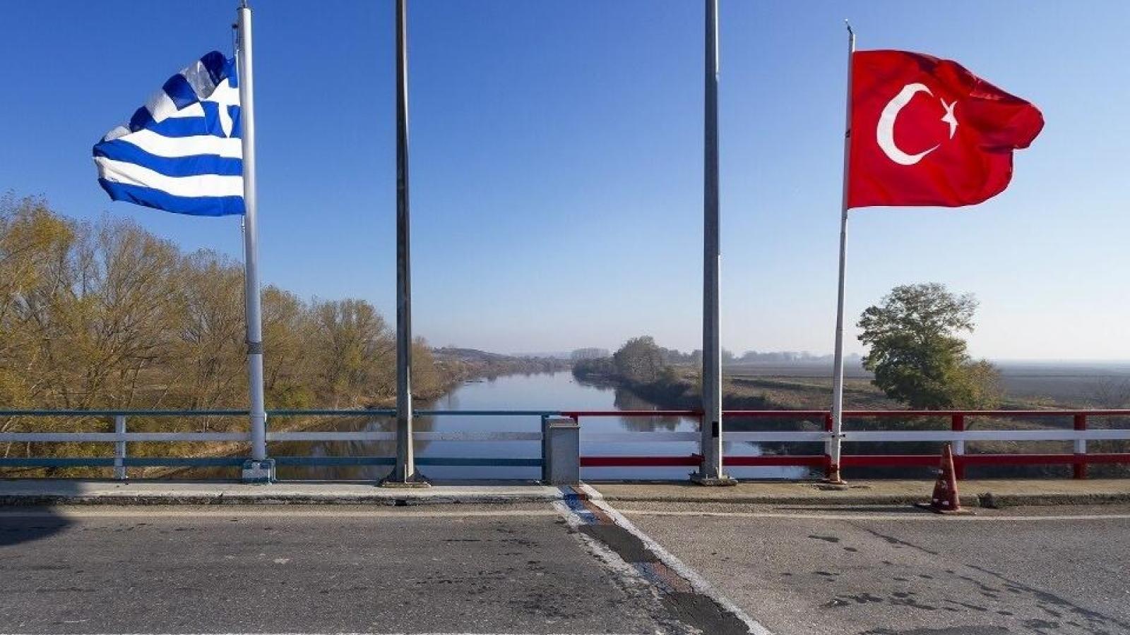 Vì sao Thổ Nhĩ Kỳ buộc phải xuống thang để giải quyết tranh chấp ở Đông Địa Trung Hải?