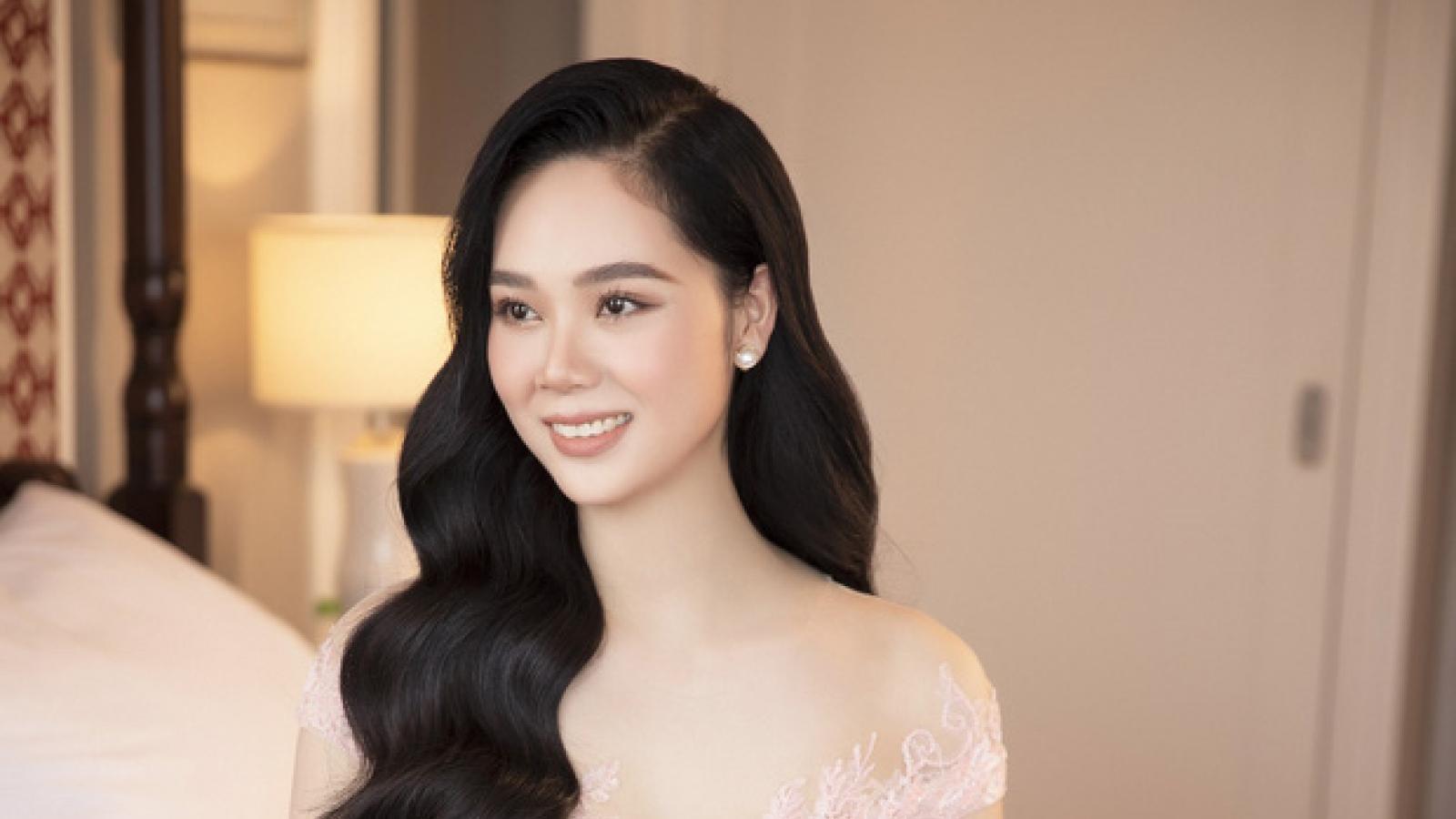 Chuyện showbiz: Hoa hậu Mai Phương tái xuất xinh đẹp sau 18 năm đăng quang