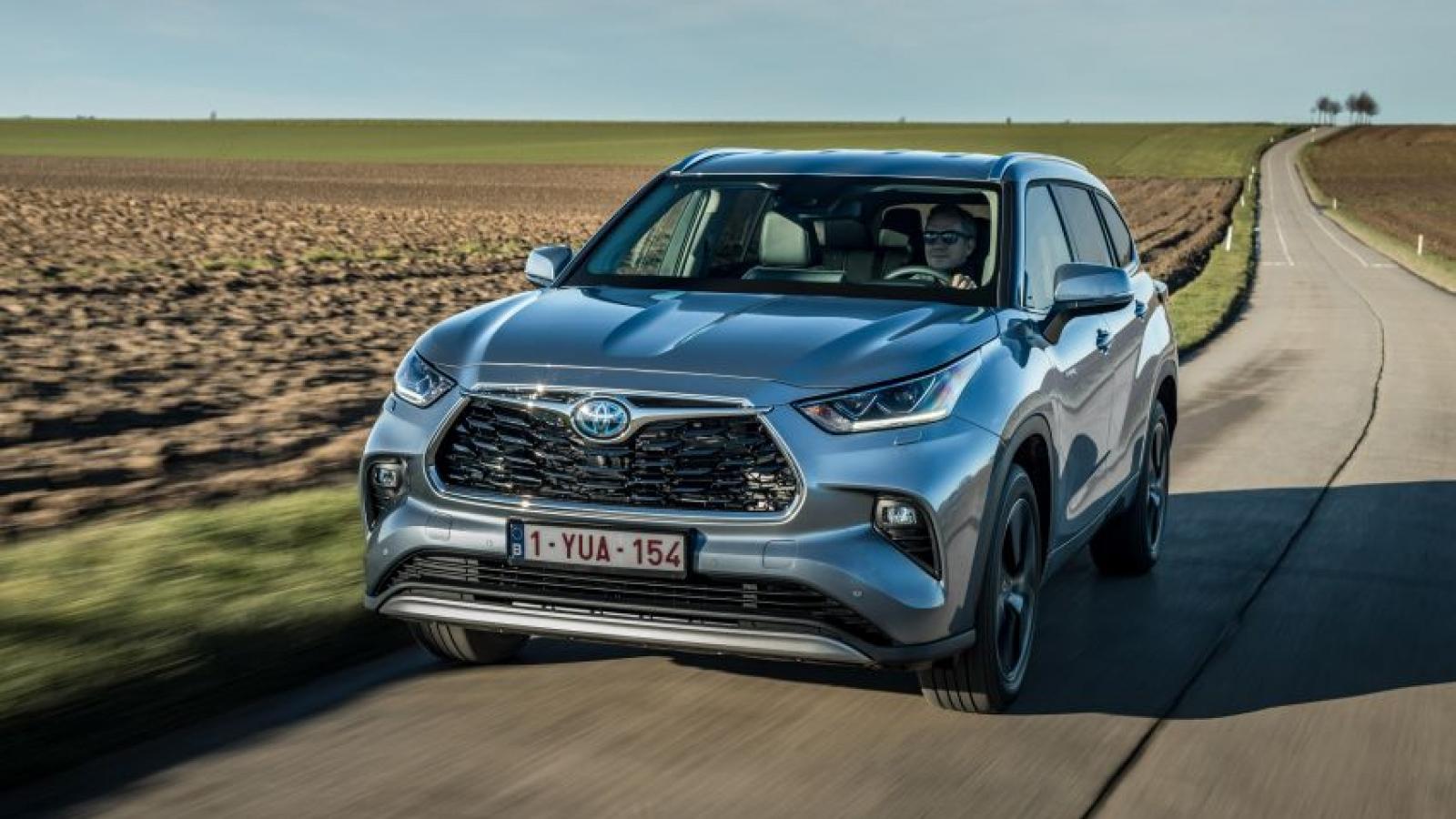 Toyota Highlander 2021 giới thiệu phiên bản cho thị trường châu Âu