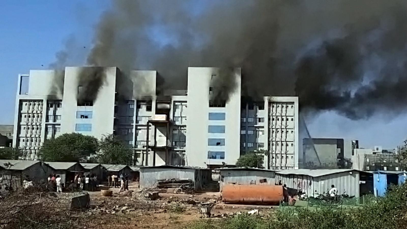 Cháy công ty sản xuất vaccine Covid-19 tại Ấn Độ, 5 người chết