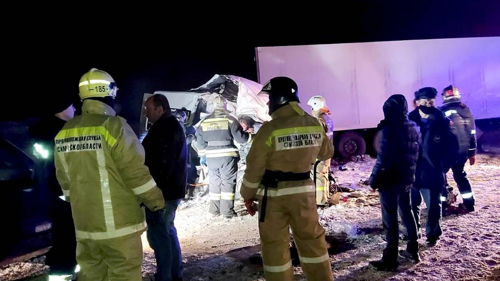 Tai nạn giao thông nghiêm trọng ở Nga khiến 12 người thiệt mạng