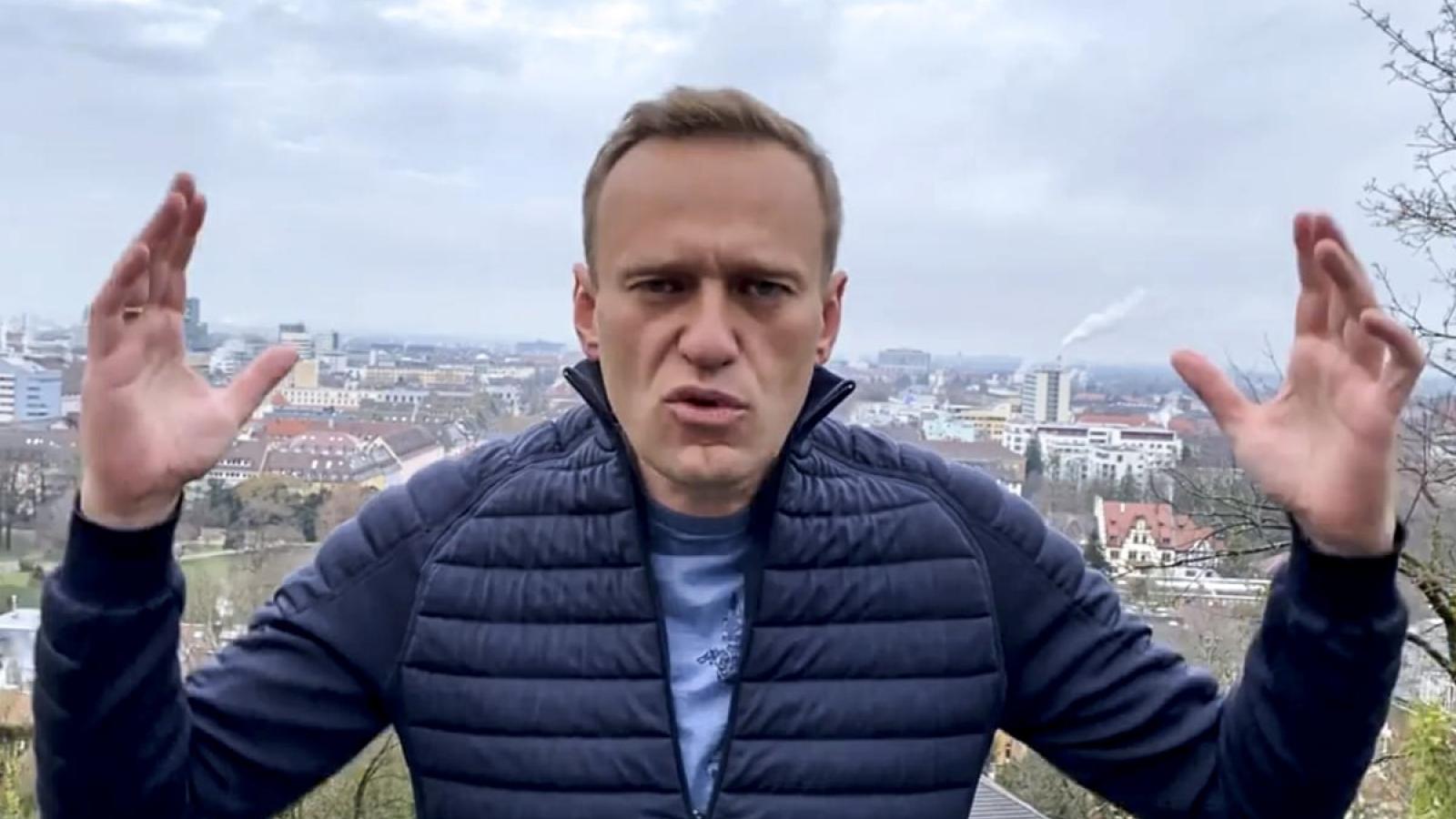 Chính khách đối lập Nga Alexei Navalny bị bắt giữ ngay khi trở về từ Đức