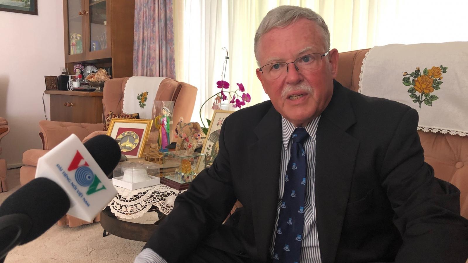 Giáo sư Carl Thayer: Đảng Cộng sản giúp Việt Nam giữ vững ổn định chính trị