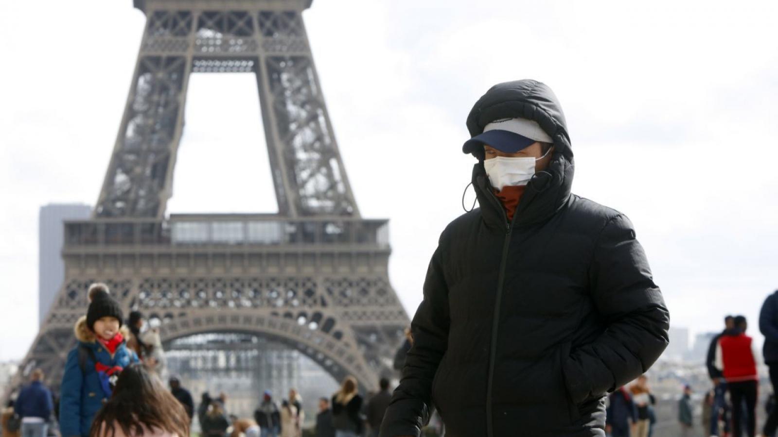 Pháp sẽ phong tỏa nghiêm ngặt nếu không kiểm soát được biến thể SARS CoV-2