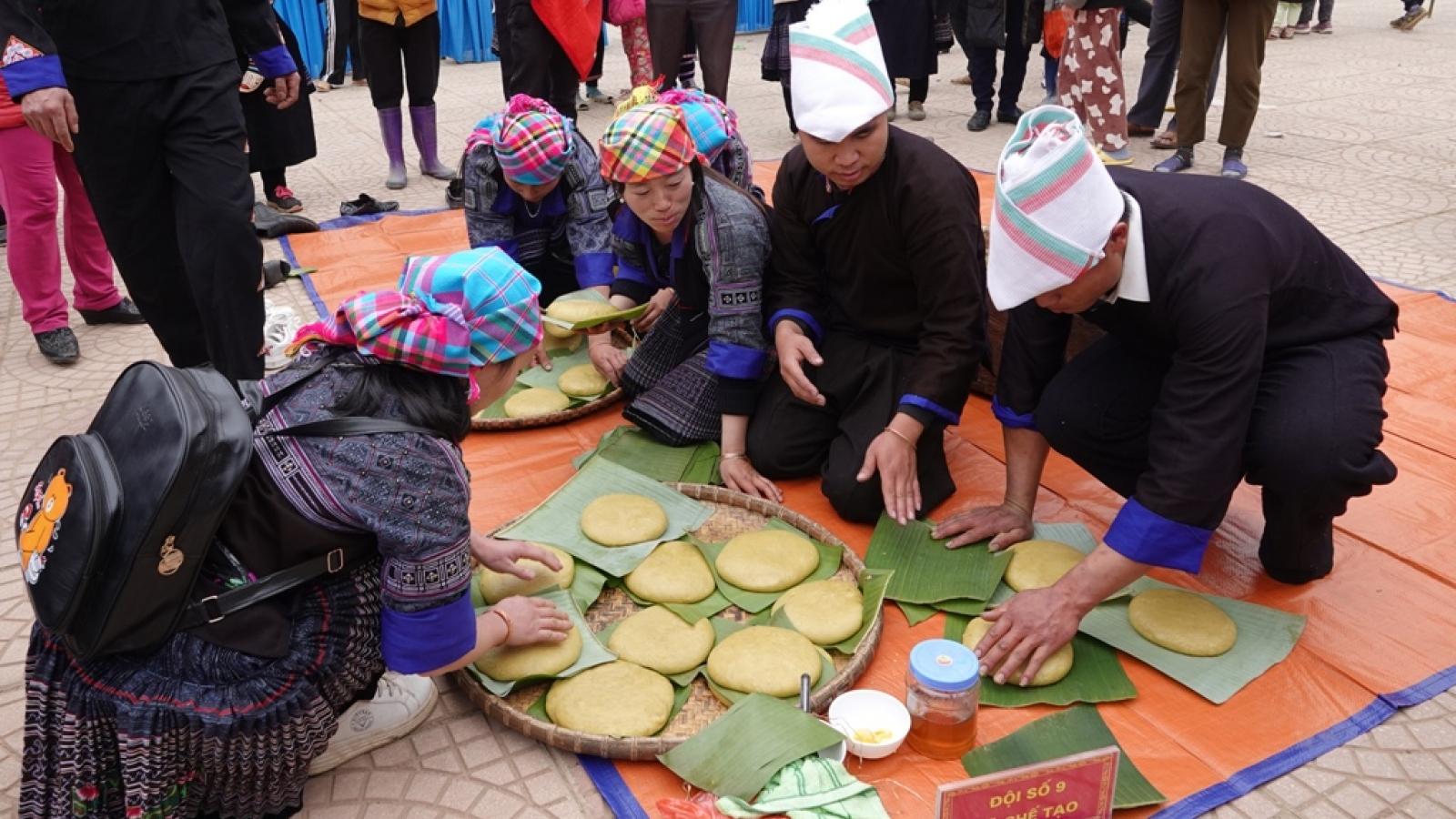 Độc đáo Lễ hội giã bánh dày trên vùng cao Mù Cang Chải
