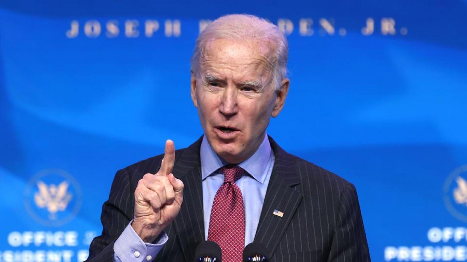 """Luận tội Trump """"gây khó dễ"""" cho những ngày đầu cầm quyền của Biden"""