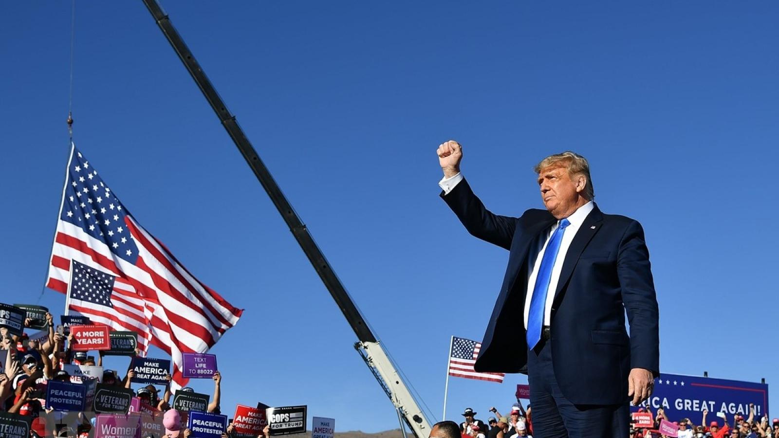"""Phe Cộng hòa họp khẩn nhằm """"lật kèo"""" bầu cử Mỹ"""