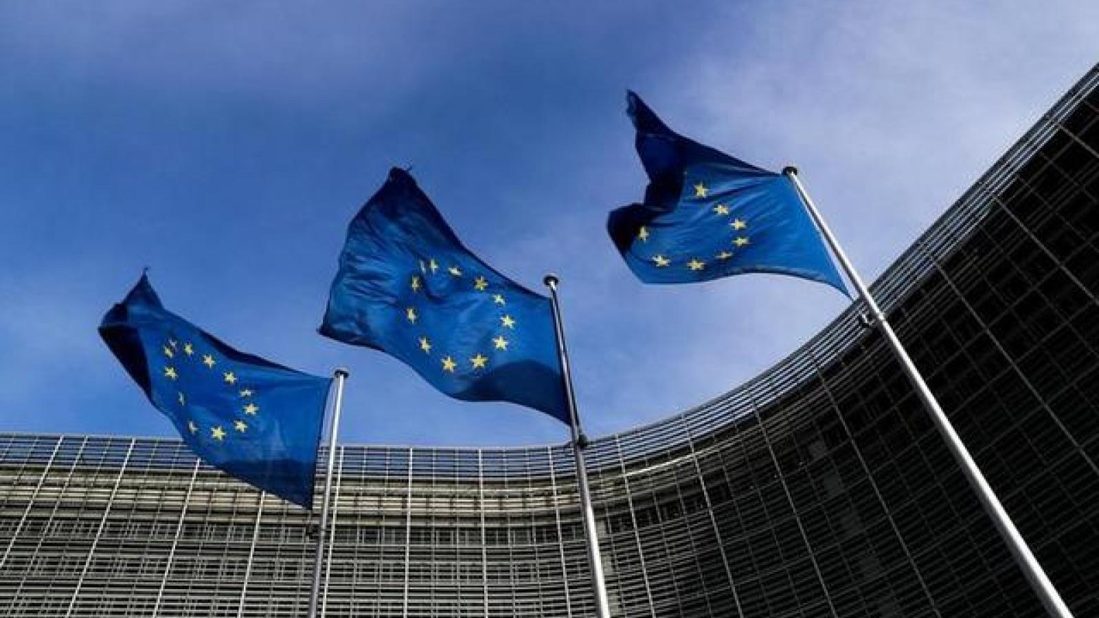 Liên minh châu Âu mở rộng trừng phạt Syria