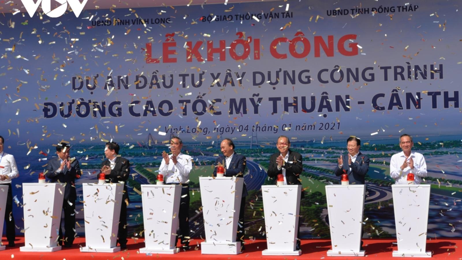 Khởi công, thông tuyến cao tốc: Thủ tướng thực hiện lời hứa với 20 triệu dân ĐBSCL
