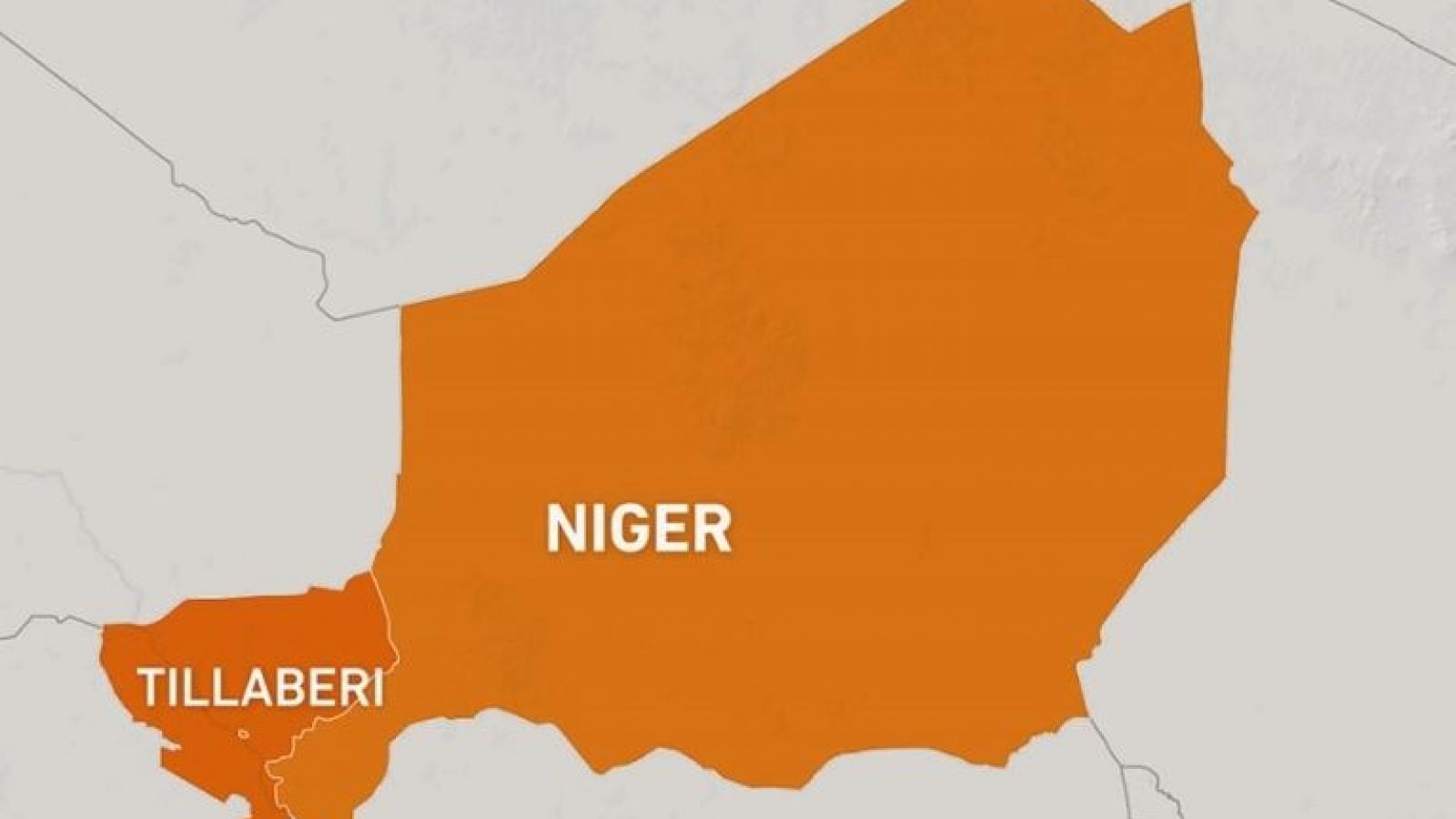 Tấn công đẫm máu tại Niger: Ít nhất 100 người thiệt mạng