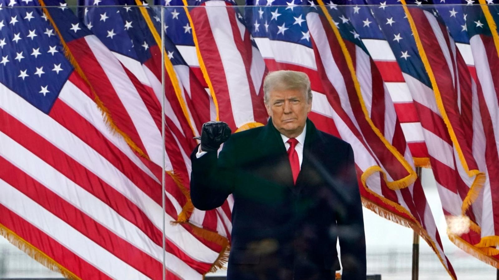 """Trump thừa nhận """"có lỗi"""" trong vụ bạo loạn ở Tòa nhà Quốc hội"""