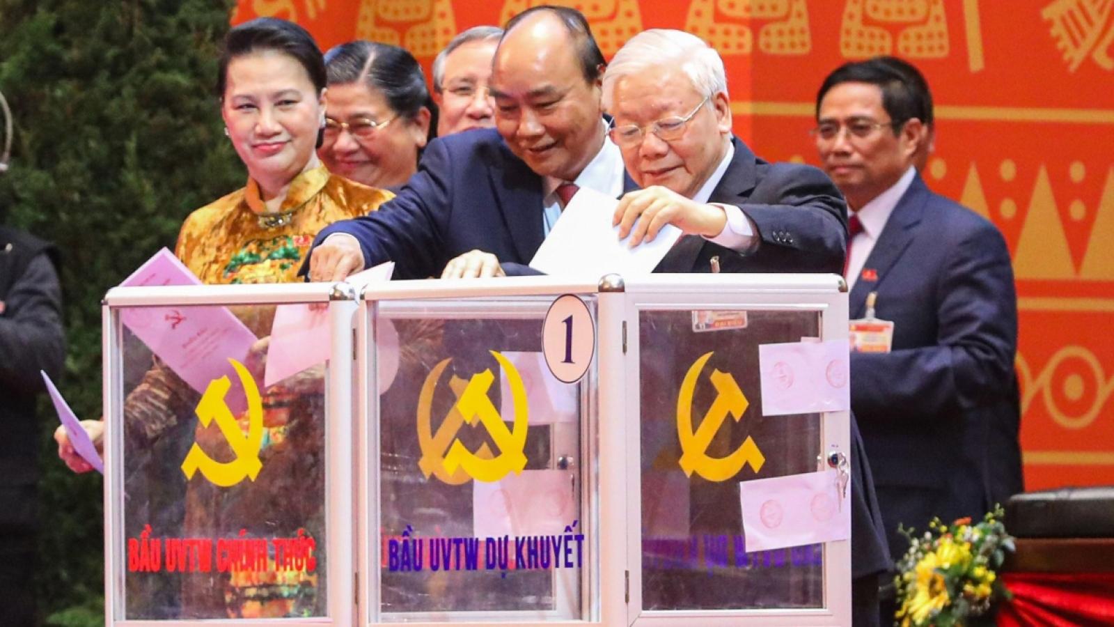 Người dân cả nước tin tưởng vào đội ngũ cán bộ lãnh đạo mới